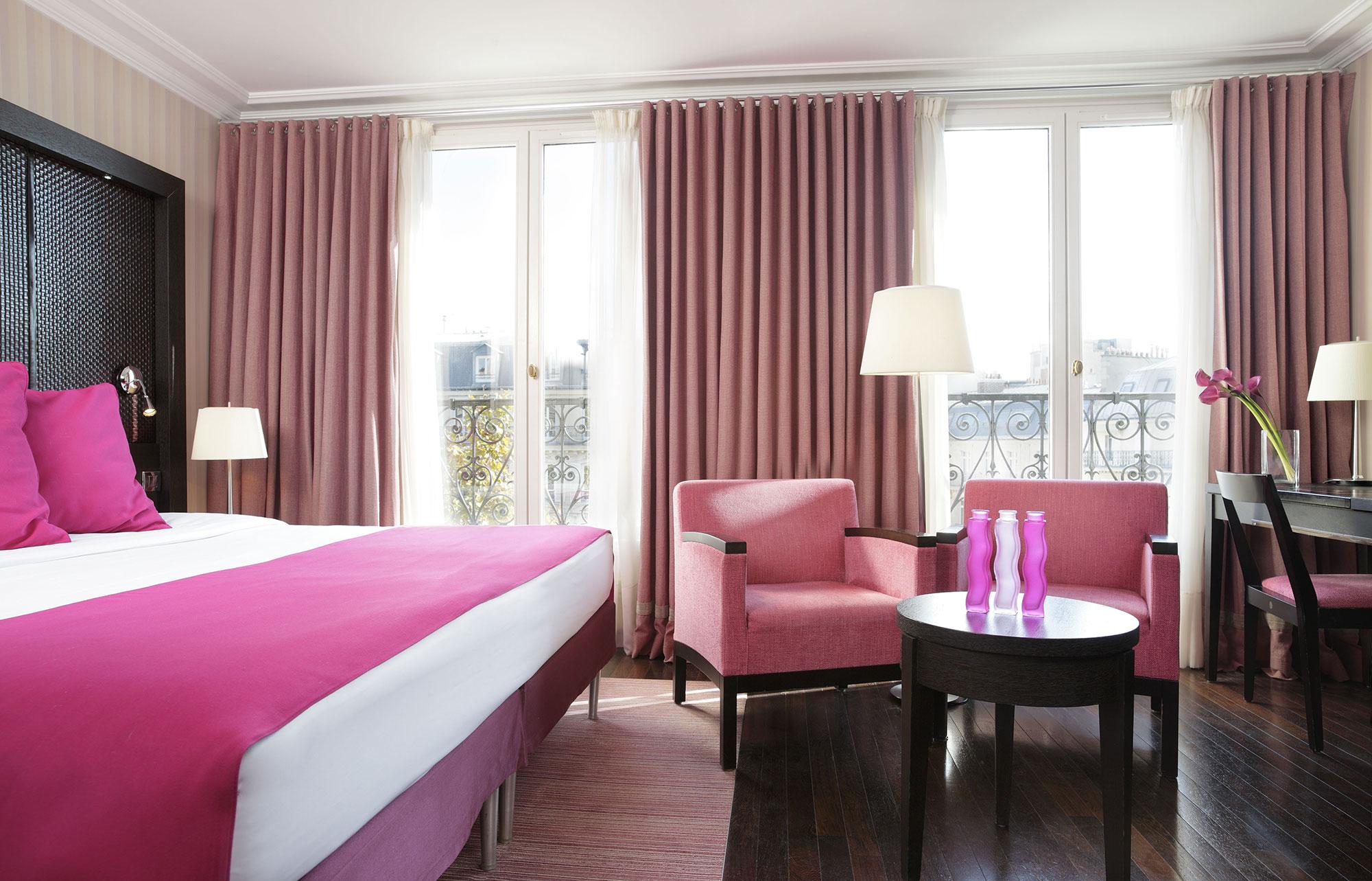 Chambre familiale superieure design hotel regencia paris hotel 4 etoiles champs elysees paris - Hotel chambre familiale paris ...