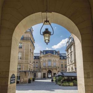 Façade, hôtel, Grand Hôtel du Palais Royal, Paris 1er
