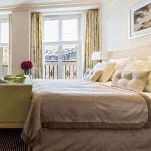 Chambre Deluxe, vue, Grand Hôtel du Palais Royal, Paris 1er