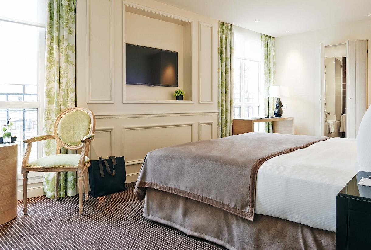 Deluxe Room, overview, Grand Hôtel du Palais Royal, Paris 1st